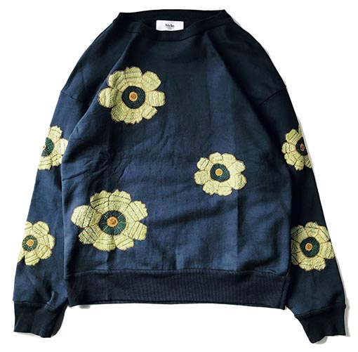Flower Embroidery Crew Neck Sweat - Big Flower